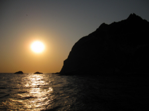 Sunset on Dokdo Island 獨島 竹島