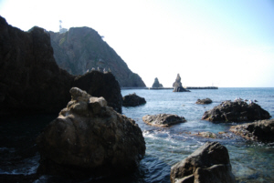 Dokdo Island's shore with black rock formations 竹島 たけしま 獨島 독도