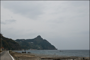 On the South side of Ulleungdo is the rocky Sadong Beach