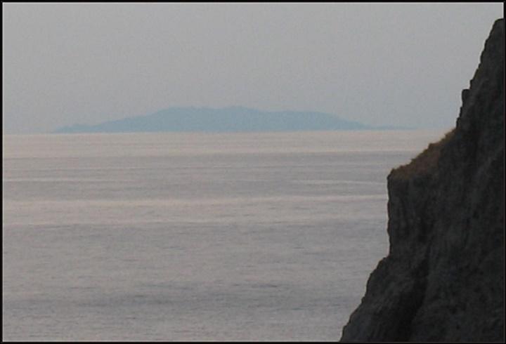 독도 たけしま 獨島 竹島에서 본 울릉도