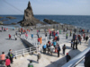 Korean tourists on Dokdo's East Island concrete landing dock 獨島 竹島