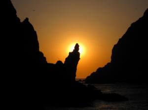 竹島 たけしま 獨島 독도 Sunrise on Dokdo's West Islet