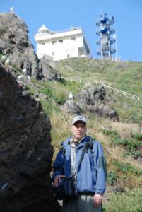 dokdo-takeshima.com webmaster Steven J. Barber beneath Dokdo's watchtower