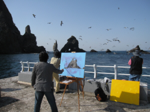 獨島 竹島 An artist and photographers on Dokdo