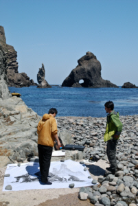 famous Korean artist painting on Dokdo Island 竹島 たけしま 獨島 독도