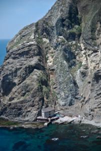 Dokdo's West Island from West Island's helipad 독도 獨島 竹島  たけしま