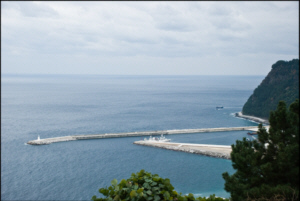 Sadong's new harbour and breakwater on Ulleungdo Island's southeast side